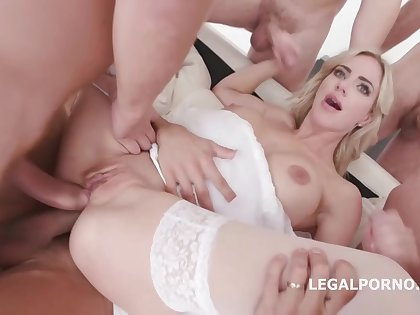 Natalie Cherie and many horny guys are making a porn motion picture and moaning while cumming