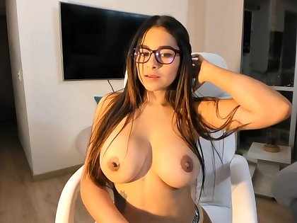 Big-Boobed black-haired says that she is a junior sista of Mia Khalifa, just a bit hornier