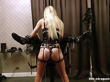 Lady Estelle tortures her poor Slave untih he starts to beg for mercy