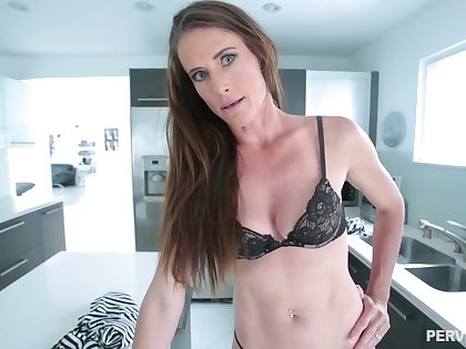 Skinny brunette babe on every side a navel piercing, Sofie Marie is waiting in all directions obtain a huge cock