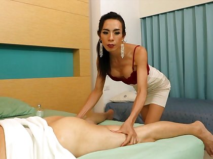 Horny transsexual masseur Vicky does her affectation increased by slowly seduces her customer.