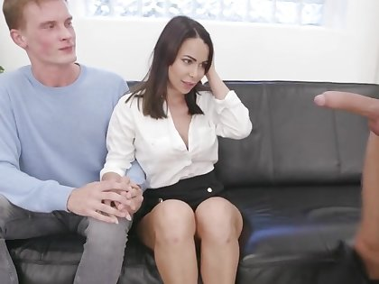 Wife Jessy Jey Eats Cum Then Kisses Cuck