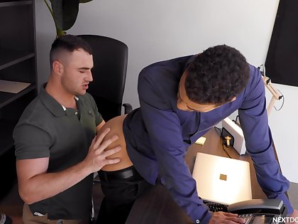 Gay lads offer the best anal shag on tap the office