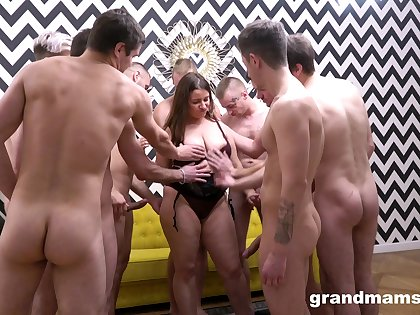 Nude mature enjoys several dicks in a insightful gangbang tryout