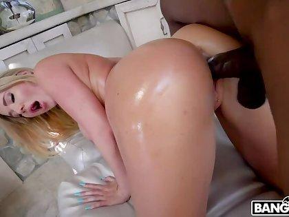 Savannah Bond's Rank Booty